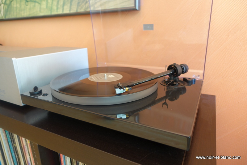 PROJECT DEBUT 3 PHONO